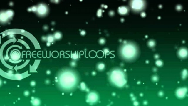 Falling Snow Triple Wide Worship Media Green